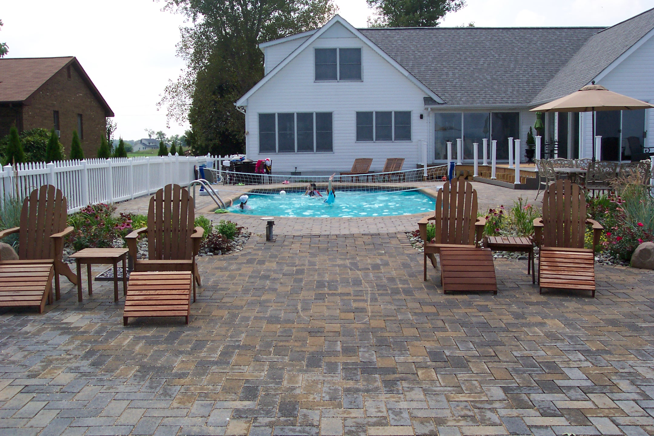 Wonderful Permeable Paver Patio